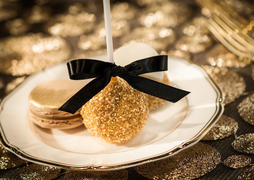 Hollywood Award Show Cake Pop for a dessert bar