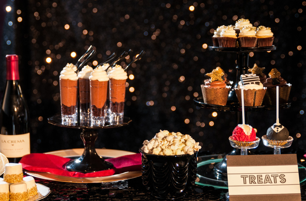 Now is this an irresistible dessert bar, or what?