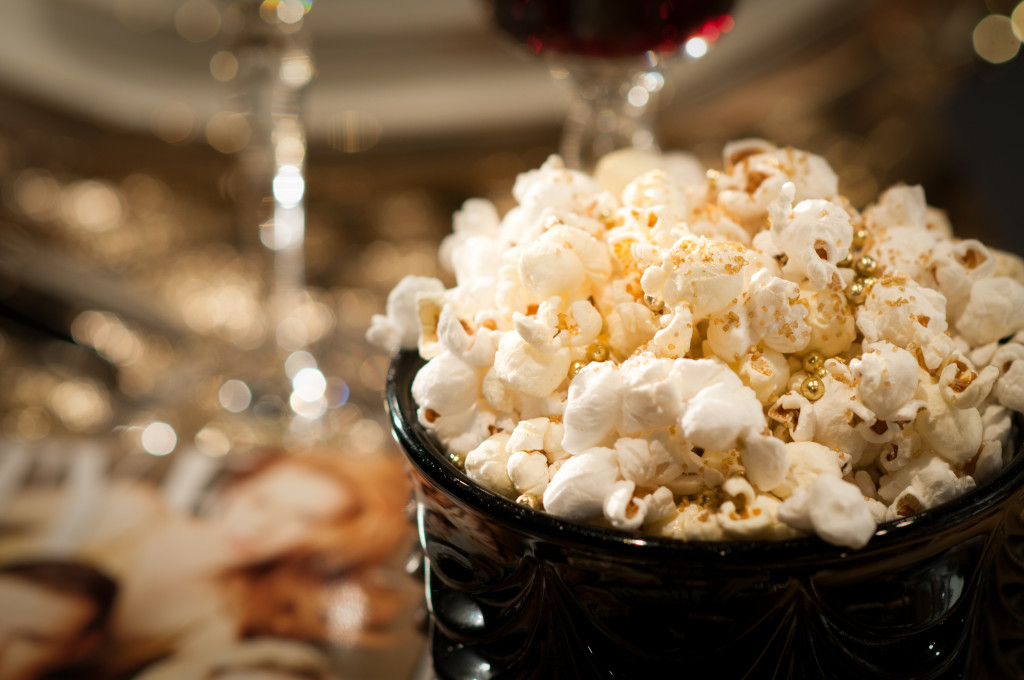 Golden popcorn: A perfect snack for movie or music award shows