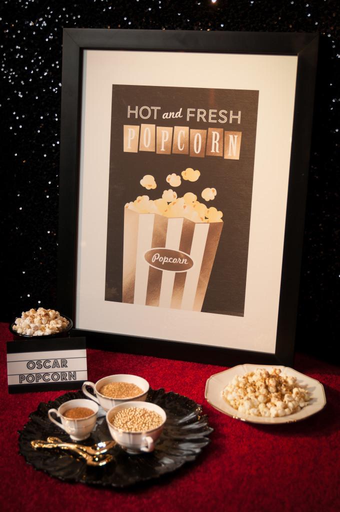 Popcorn display for a dessert bar