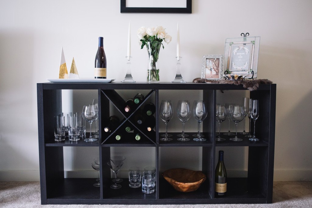 Diy wine rack an x shelf ikea hack for Ikea wine bar