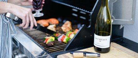 Hosting a Simple and Stylish Backyard BBQ